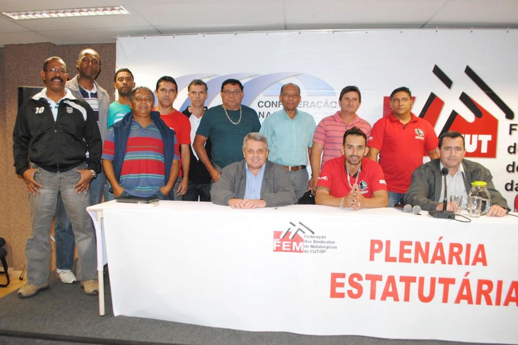 Direção de Pinda presente na Plenária da FEM-CUT/SP que reuniu os 14 sindicatos filiados; crédito: Tadeu Italiani-STIM Itu