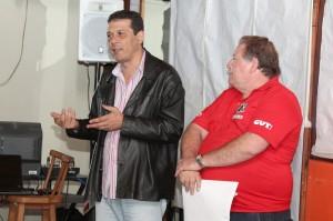 """O secretário de Formação da FEM-CUT/SP, Luis Carlos da Silva Dias - """"Luizão"""", e o presidente Renato Mamão"""