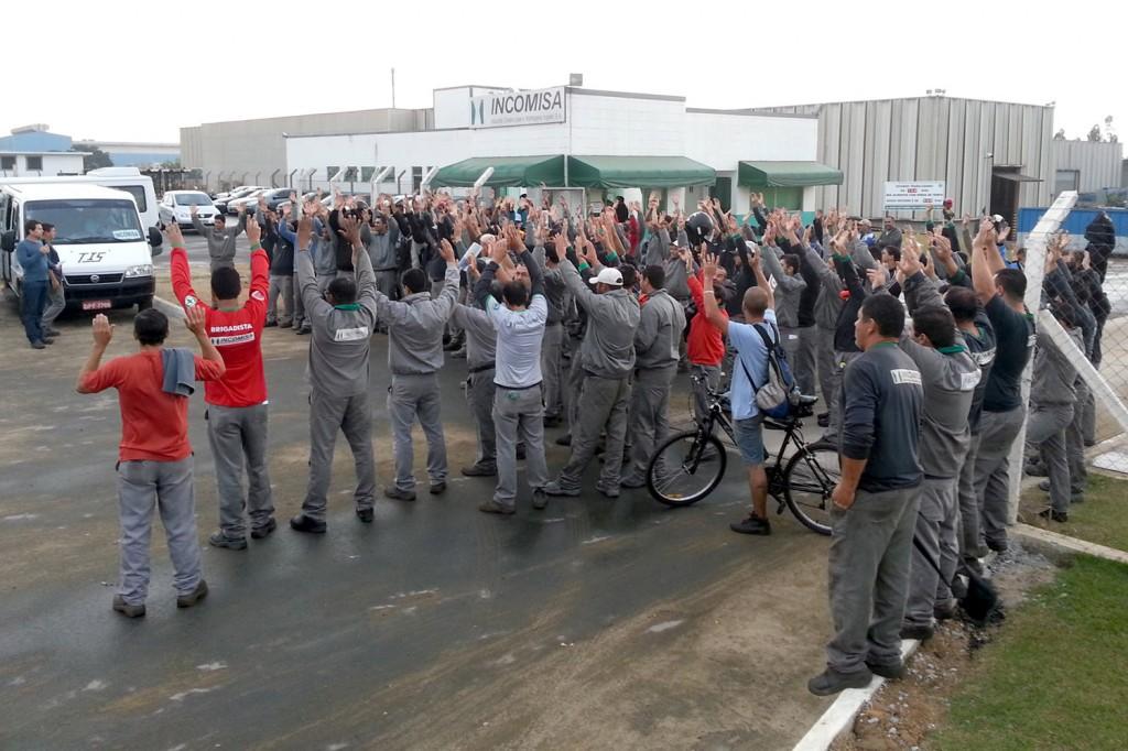 Trabalhadores da Incomisa aprovam por grande maioria jornada de trabalho (Crédito da foto: Romeu Martins)