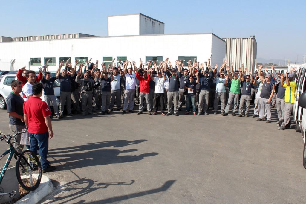 Trabalhadores do período da tarde também aprovaram proposta de jornada em assembleia (Crédito da foto: Guilherme Moura)