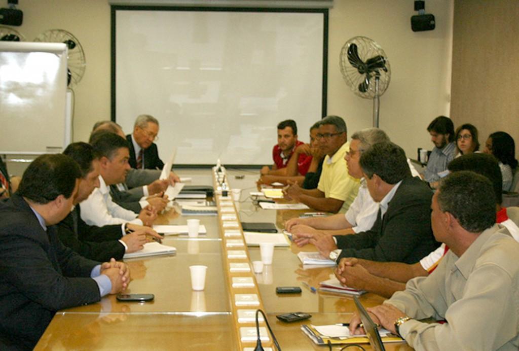 Rodada de negociação entre a FEM-CUT e a bancada patronal do Grupo 2, no dia 23 (Crédito Mídia Consulte)