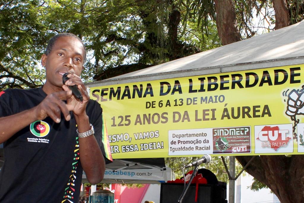 Benedito Irineu, durante ato público na Semana da Liberdade, realizada em maio pela valorização do afro-descendente