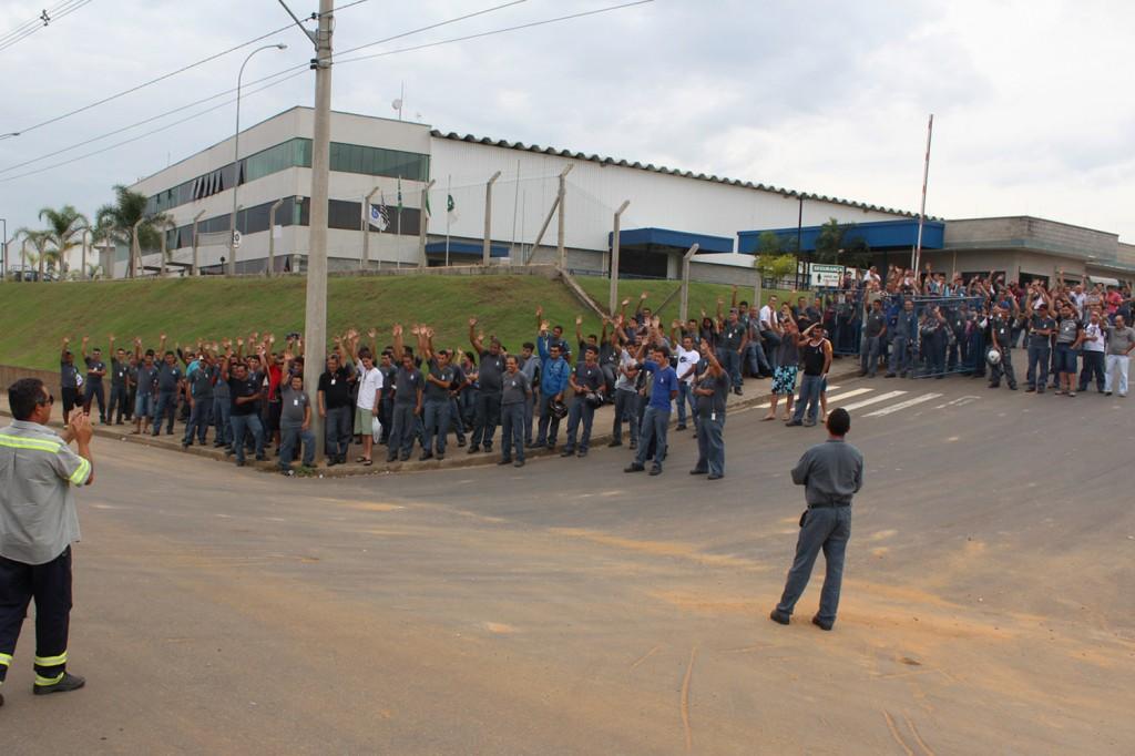 Trabalhadores reprovaram por grande maioria a proposta da direção da empresa para pagamento da PLR