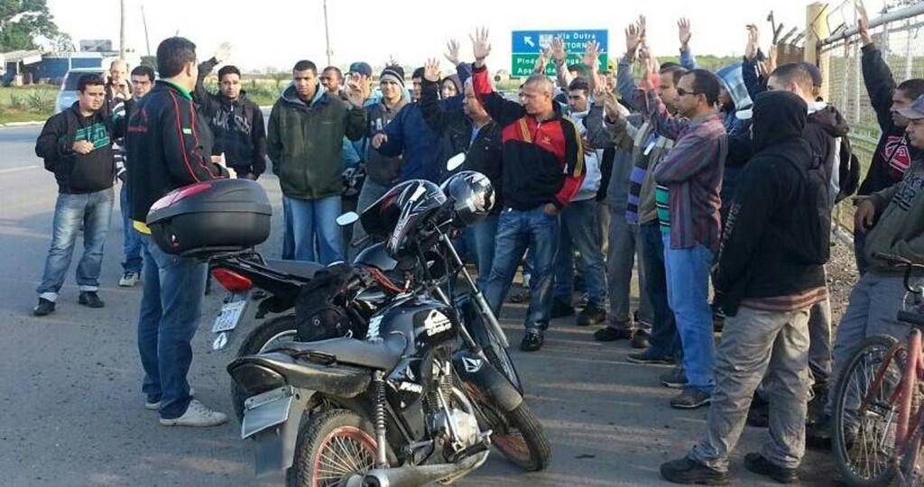 Assembleia que aprovou entrega do comunicado de greve; após protesto, negociação avançou (Crédito foto: Divulgação)