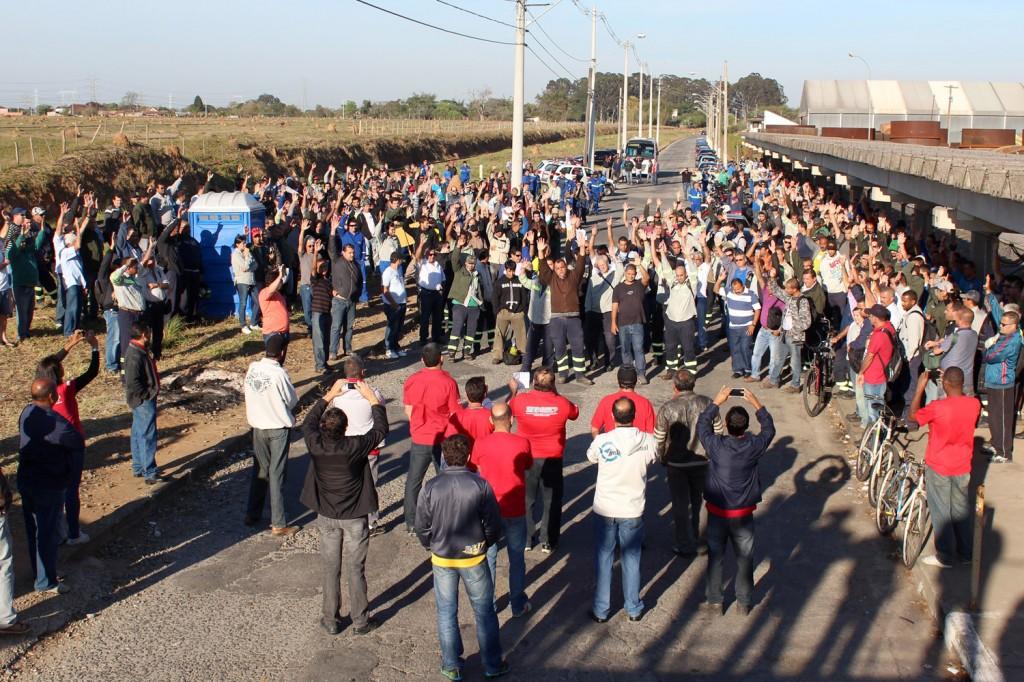 Trabalhadores da Confab Equipamentos aprovam por unanimidade proposta que abrange também a Confab Tubos