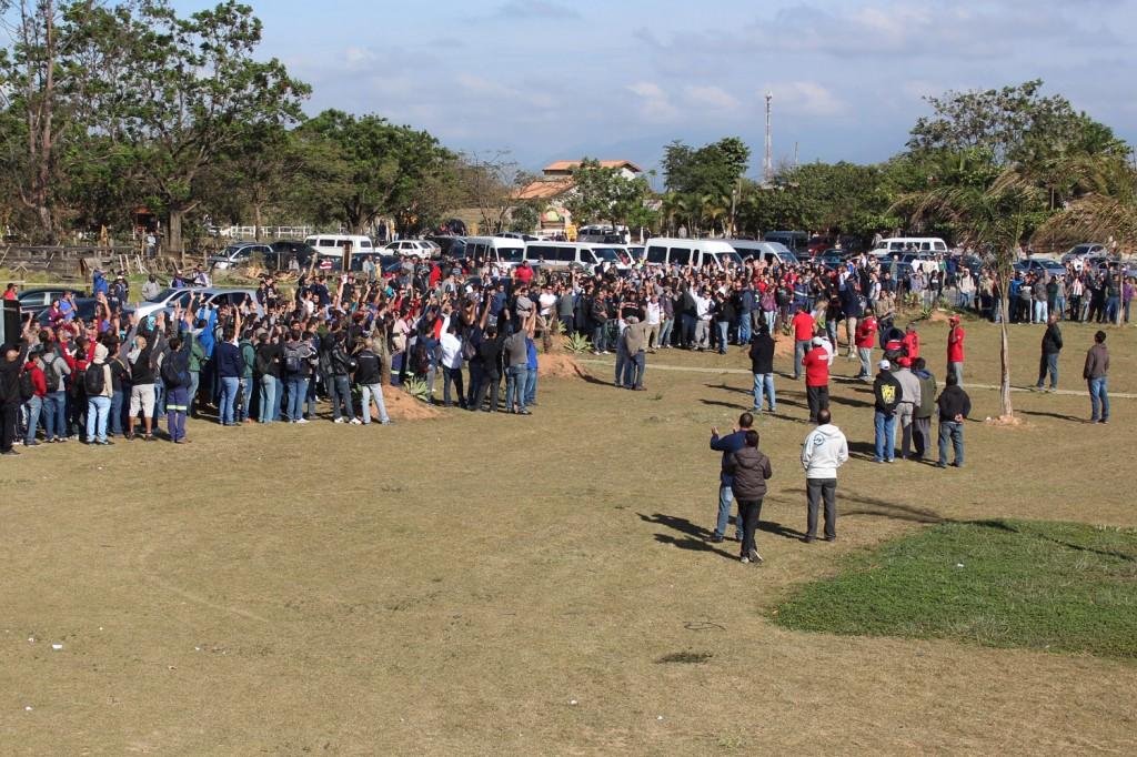 Nova assembleia aprova continuidade da greve pelo 4º dia; nova assembleia deve ocorrer só na terça-feira