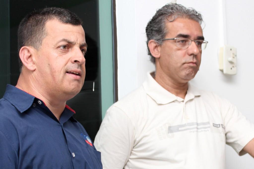 O secretário de Formação, Celso Antunes, e o professor Carlos de Souza