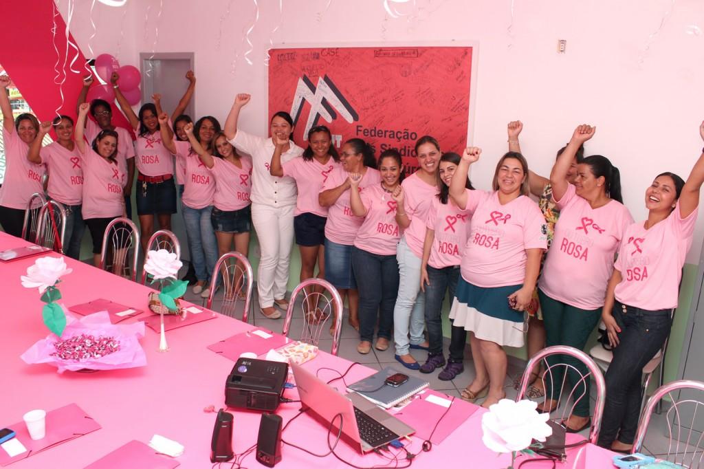 Pelo segundo ano, sindicato realiza evento pelo combate e prevenção do câncer de mama e do colo do útero