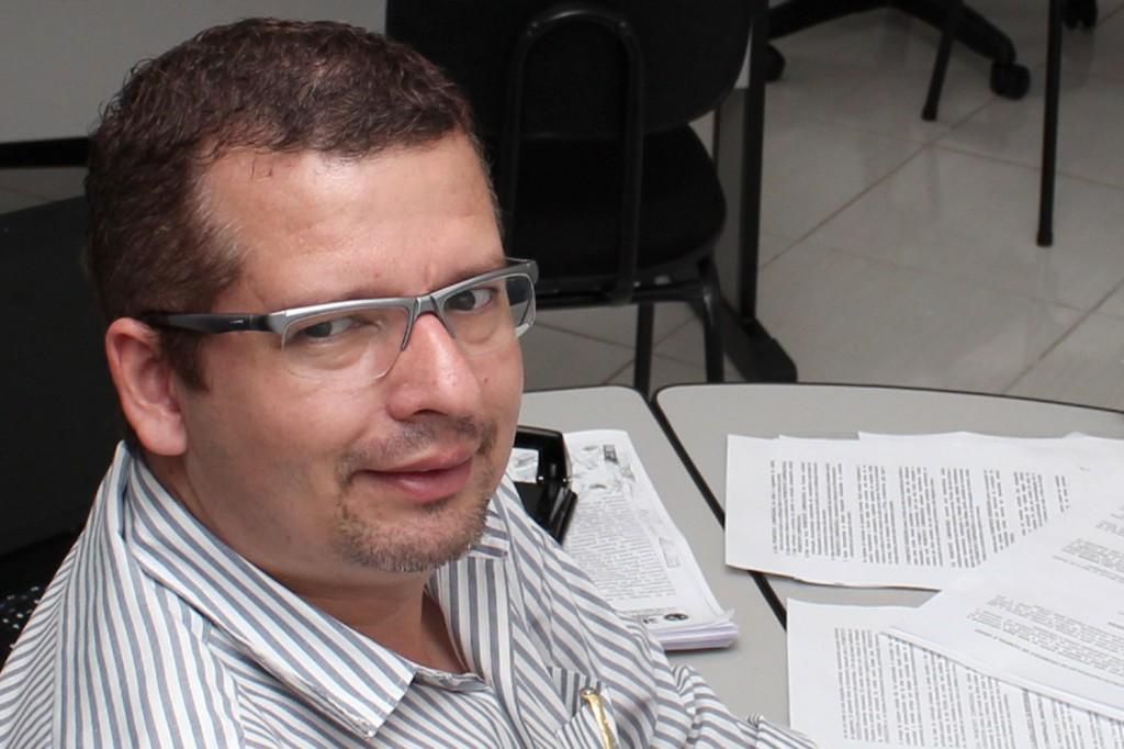 O advogado trabalhista Marcos Gonçalves, na sede do Sindicato dos Metalúrgicos