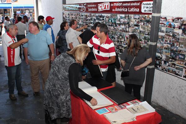 Evento realizado em 2012, quando sindicato completou 25 anos de fundação, sempre filiado à CUT, com representação na FEM-CUT e na CNM/CUT