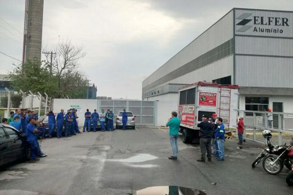 Três horas de produção completamente parada arrancaram proposta da empresa para corrigir problemas na segurança (foto Benedito Irineu)