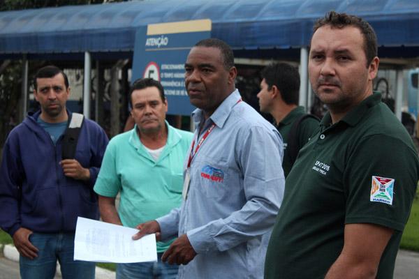 À direita, membro da Comissão de PPR que participou da negociação