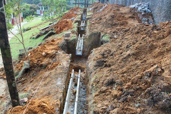 Fundação das novas vigas de concreto que irão substituir o madeiramento (foto Gilson Leandro)