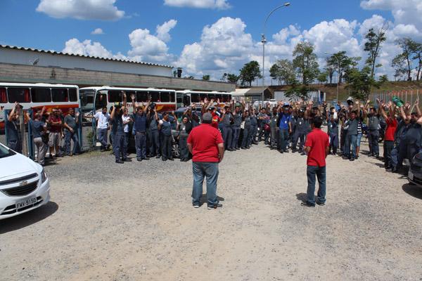 Nova assembleia com o turno da manhã aprovou inclusão do PPR no comunicado de greve