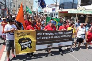 Mais de 200 participam de ato contra a Reforma da Previdência em Pinda