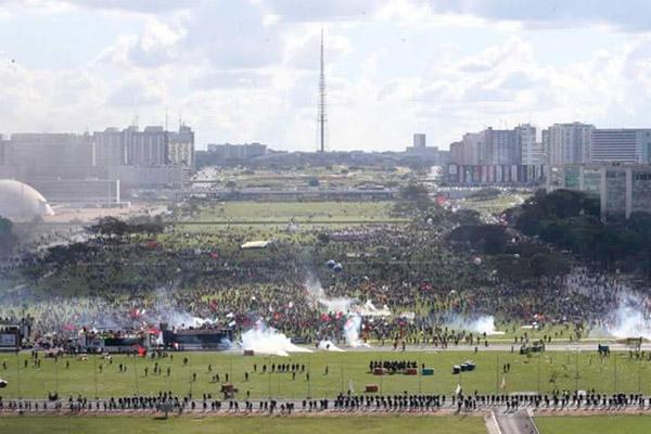 2017_05_24 Ocupa Brasília_1495676921115