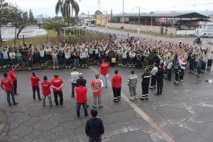 Trabalhadores da Tenaris Confab ameaçam greve por abono salarial