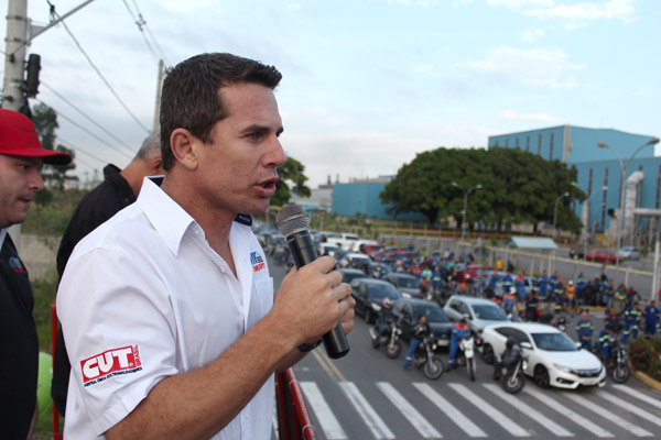 O dirigente sindical Novelis, Sérgio da Silva, secretário de Finanças do sindicato