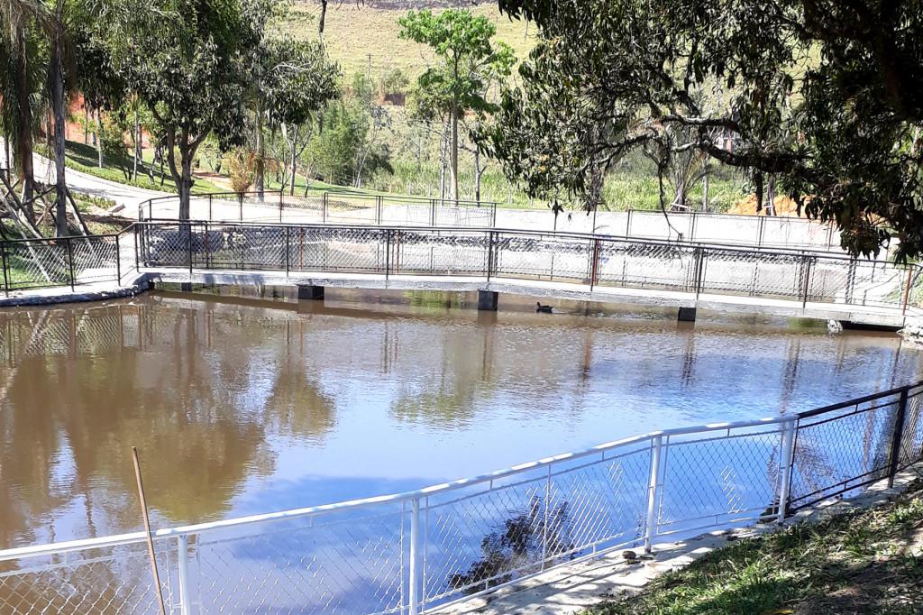 Lago recebeu uma reconstrução completa, agora tem área de passagem no entorno, passarela e será usado para pesca esportiva