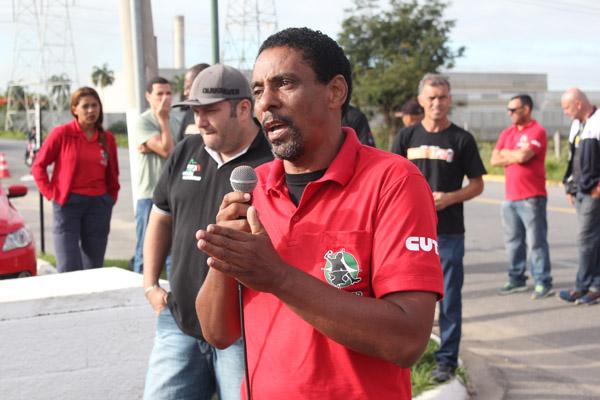 O dirigente sindical Nilton Roberto - Rivelino