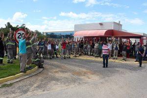 Trabalhadores da Appiani ameaçam greve para cobrar regularização da fábrica