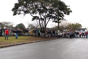 Ameaça de greve na Latasa conquista aumento de 25% na PLR