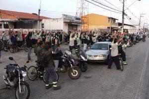 Trabalhadores da Confab param produção por uma hora contra demissões e por PLR
