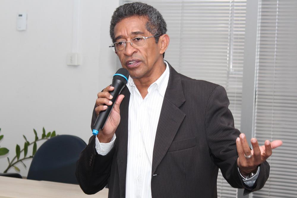 O deputado federal Vicentinho do PT, durante palestra no auditório da Prefeitura de Pinda