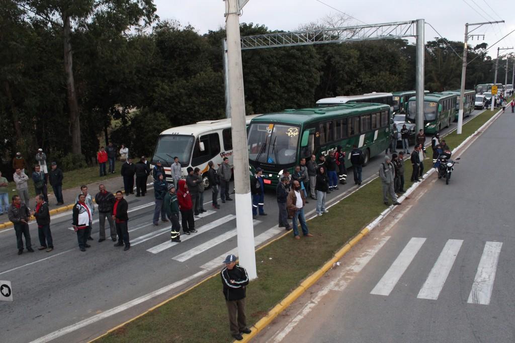 11.07.13 Pinda participa do Dia Nacional de Luta_4343