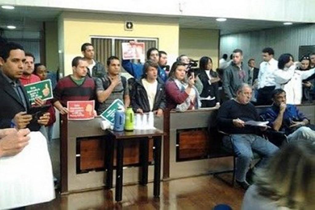 Juventude ocupa Assembleia por CPI da corrupção tucana no Metrô no dia 27 de agosto (Crédito: Divulgação)