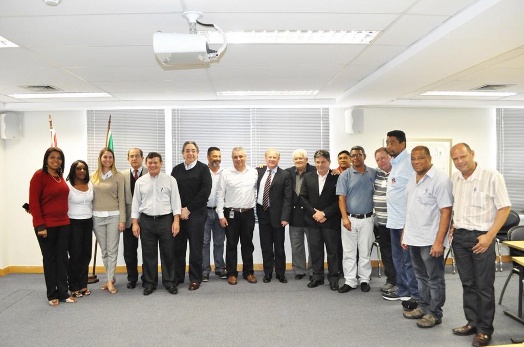 Assinatura da Convenção Coletiva de Trabalho no Grupo 3 em 2 de outubro (Crédito da foto: Mídia Consulte)