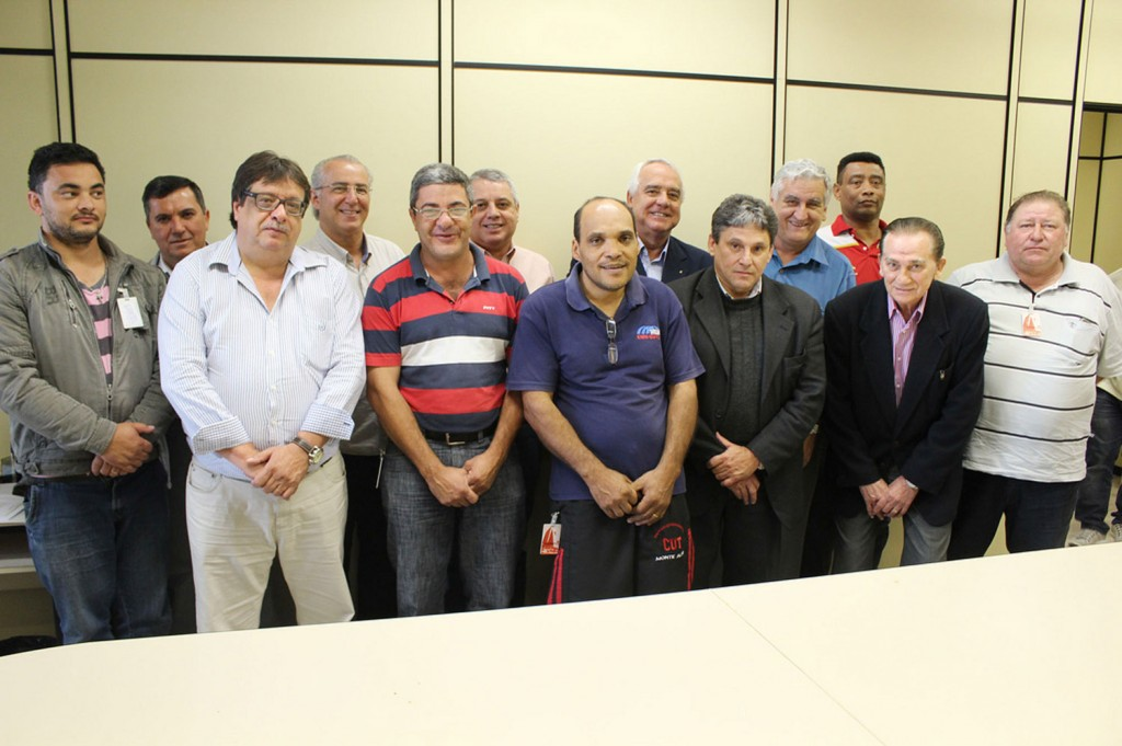 Assinatura da Convenção Coletiva de Trabalho no Grupo 8 em 4 de outubro (Crédito da foto: Nayara Striani)
