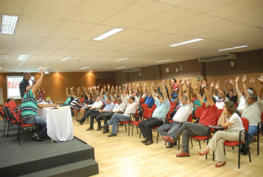 Presidentes dos sindicatos filiados e membros da FEM aprovam ações desenvolvidas (Crédito Mídia Consulte)
