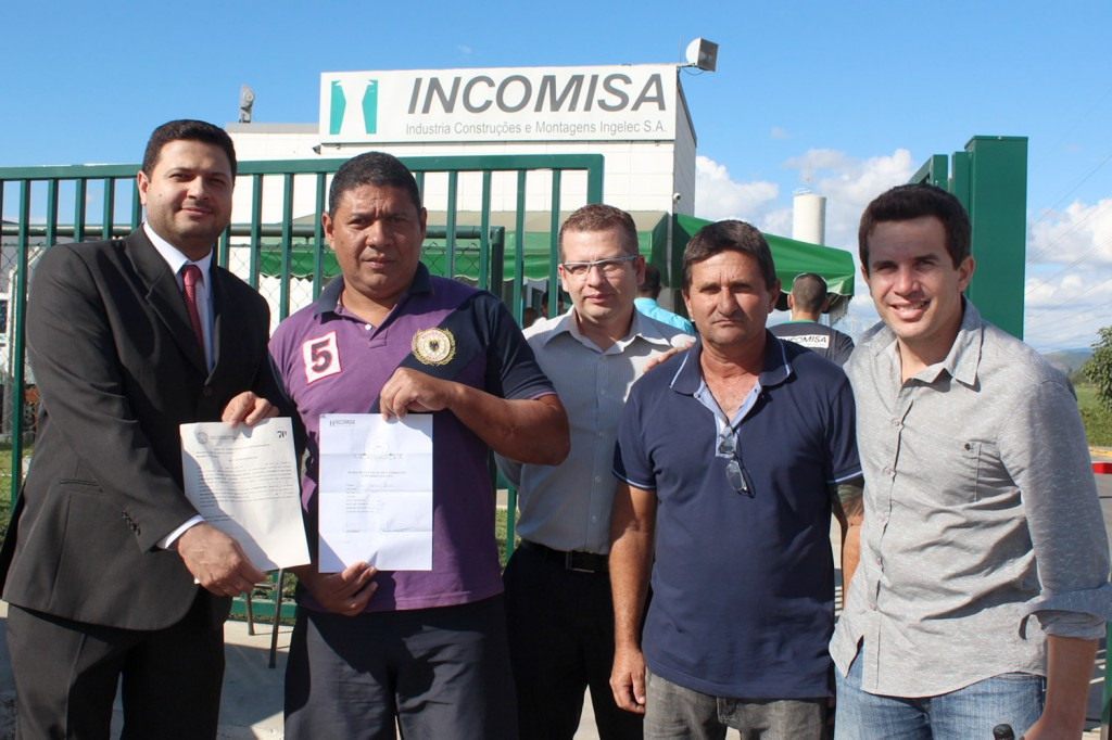 Alison, Rincão, o advogado trabalhista Marcos Gonçalves, André e o secretário de Finanças do sindicato, Sérgio da Silva