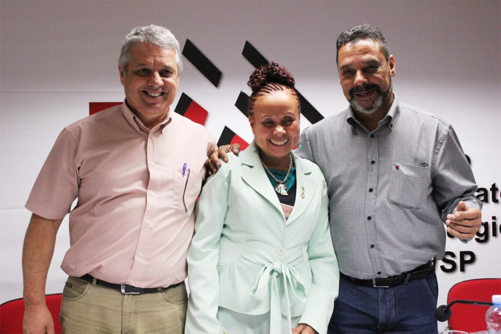 Biro Biro, a deputada Janete Pietá e Teonílio Barba (crédito: Nayara Striani)
