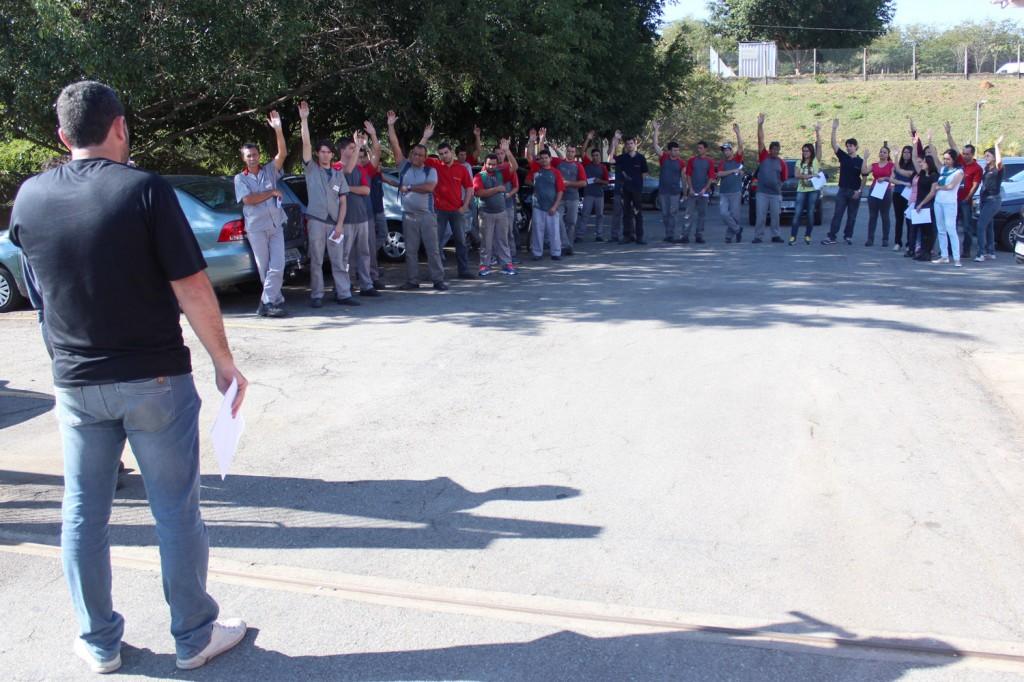 Trabalhadores aprovam por unanimidade nova proposta de PLR em assembleia