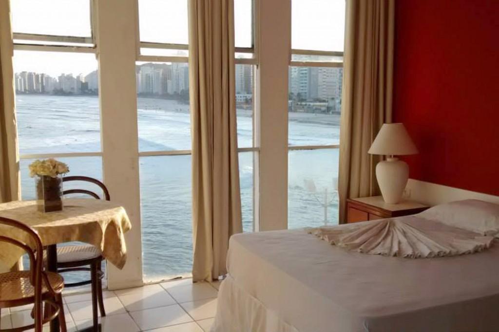 Vista de um dos quartos do hotel Santiago (Crédito Divulgação)