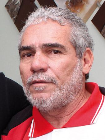 Jacaré, na sede do sindicato; ele foi um sindicalista fundamental para restabelecer a democracia na entidade e uma referência de conhecimento