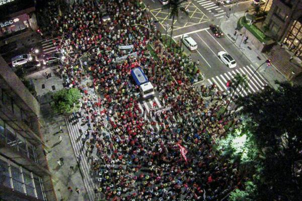 2015.02.26 Protesto falta água em São Paulo.Crédito Ninja-contadagua.org-2