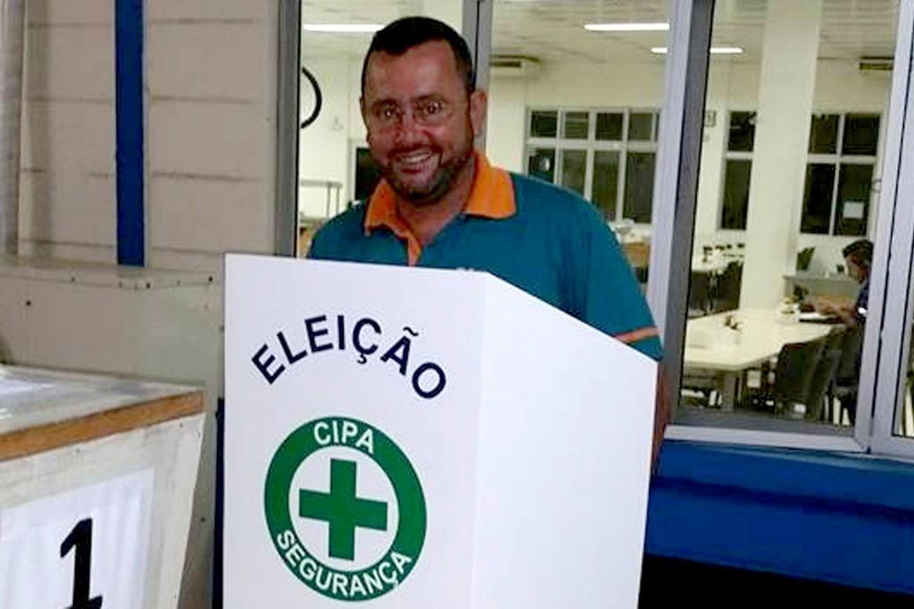 O secretário-geral do sindicato, Herivelto Moraes - Vela, mesmo licenciado da fábrica, fez questão de participar da votação (Crédito: Divulgação)
