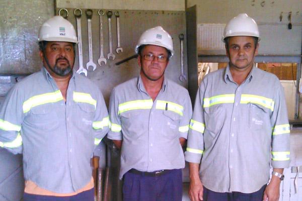 Piquete (2º mais votado), diretor sindical Serrinha e Valdir, logo após apuração dos votos (Crédito Divulgação)