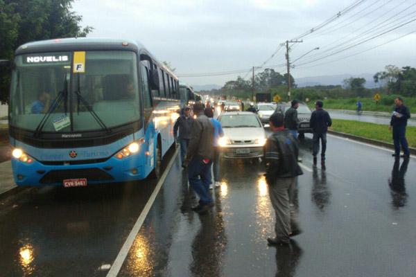 Avenida é rota de duas das maiores fábricas da cidade, a Tenaris Confab Tubos e a Novelis (foto Marcelo - Pepeo)