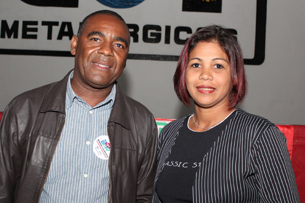 Valdir Augusto, secretário de Política Sindical, e Maria Auxiliadora, diretora do Departamento da Mulher e também membro da direção da FEM-CUT/SP