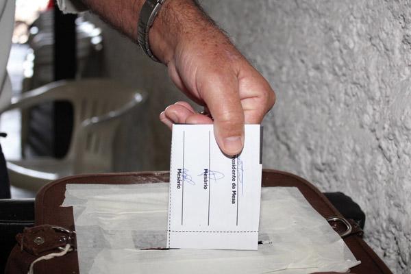 09.05.12 Eleição Sindical.Primeiro Turno.Urna Sede_6384