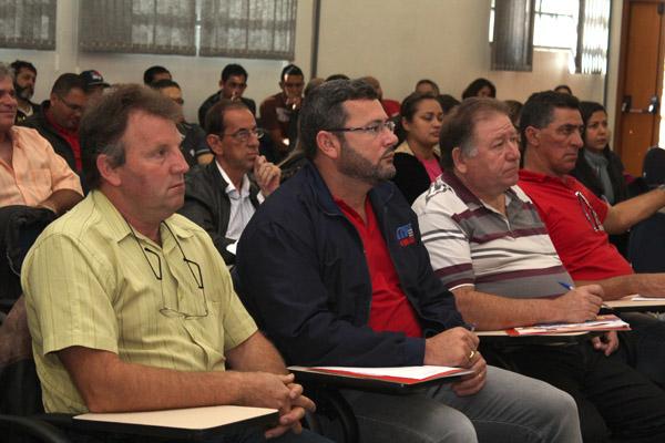 O fato da direção do sindicato contar com dois ex-presidentes, Renato Mamão e Romeu Martins, foi citado pela federação