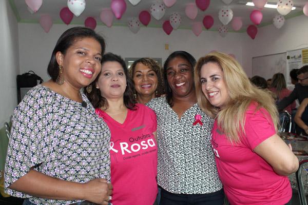 Andréa, Cecília, Madalena, Maria da Paixão e Márcia Souza