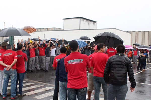 Assembleia aprova mais um dia de greve por salário e PPR