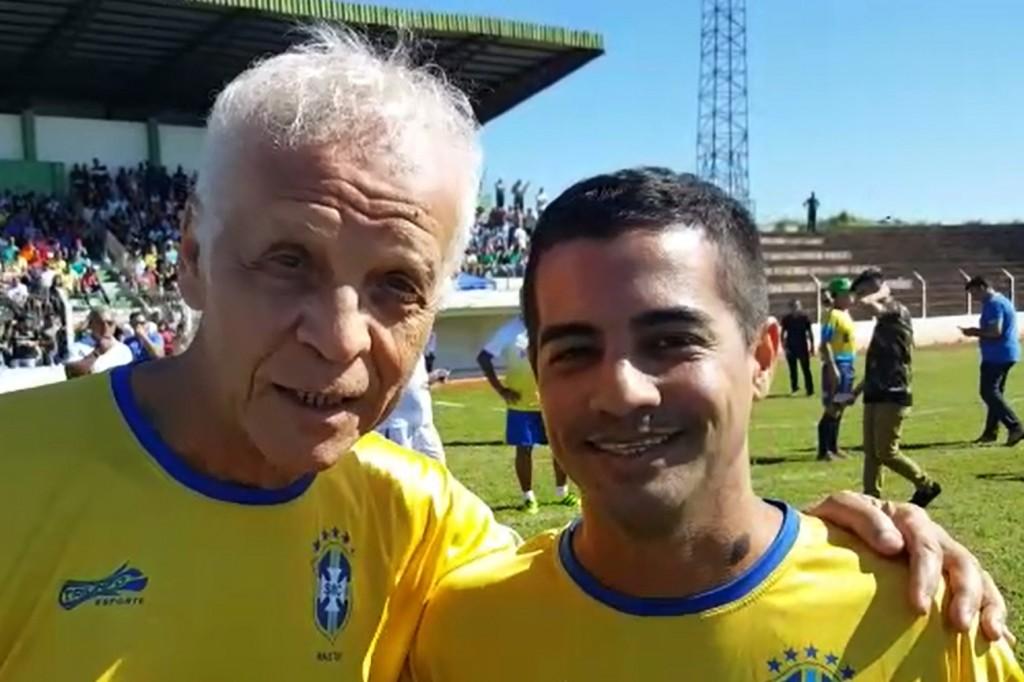 Ademir da Guia, do Palmeiras, e Pavão, do São Paulo, durante gravação de vídeo convidando para o evento (foto Divulgação)