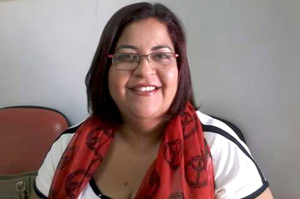 Elaine Amaral tem 22 anos de experiência como professora de artesanato em Pinda
