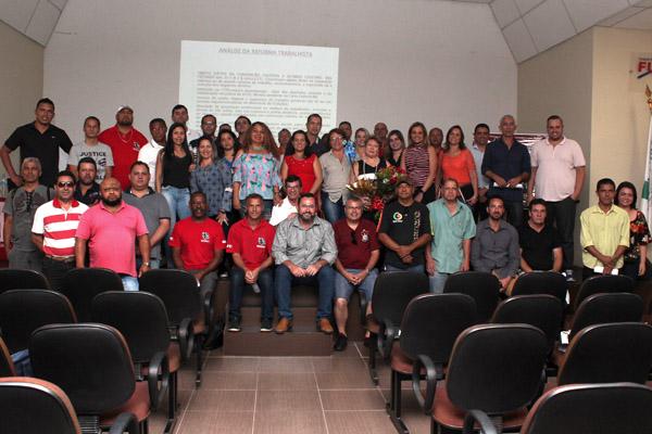 Evento reuniu sindicalistas de oito categorias de trabalho